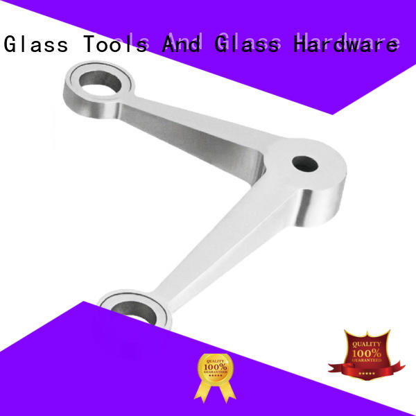 types of glass spider fitting
